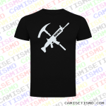 Camiseta Fortnite rifle y pico